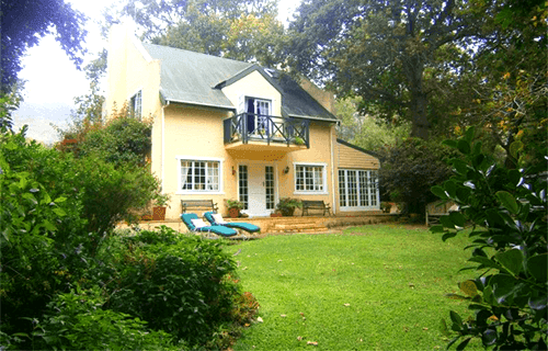 House at Pooh Corner - Bed and Breakfast   Fun-Tastic Prize